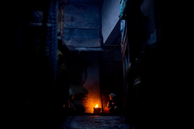 Day_1_Dalat_fire_in_alley